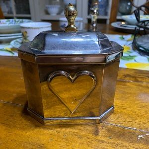 Lenox Williamsburg silver plate heart trinket box